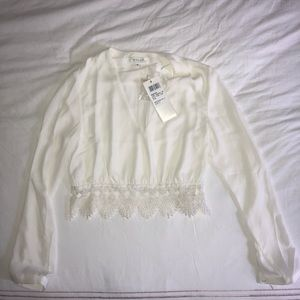 NWT WYLDR Ivory Lace Crop top